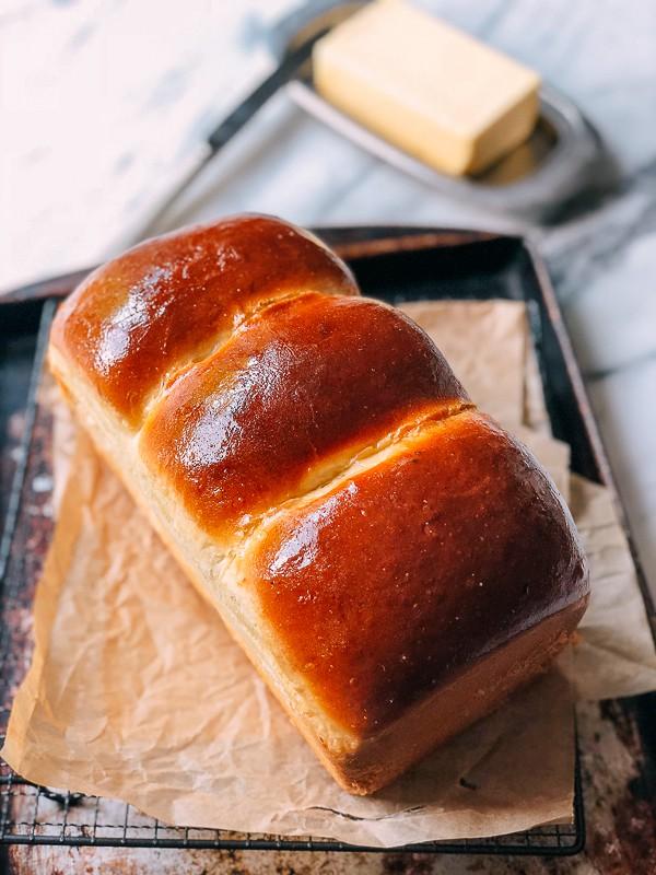Bỏ túi công thức bánh mì sữa mềm thơm ngất ngây - Ảnh 9.