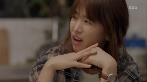 Cảnh Song Hye Kyo say xỉn trong Encounter gợi nhớ bác sĩ Kang của Hậu duệ mặt trời - Ảnh 2.
