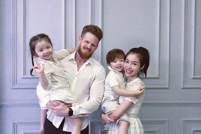 Chồng Tây vừa bị lộ danh tính, Elly Trần lại tiết lộ câu chuyện gia đình đầy bất ngờ - Ảnh 12.
