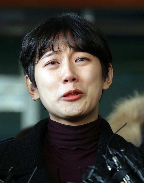 Đã có kết luận của vụ quấy rối chấn động Hàn Quốc, Suzy có tìm được lối thoát sau khi bị kiến nghị xử tử hình? - Ảnh 5.