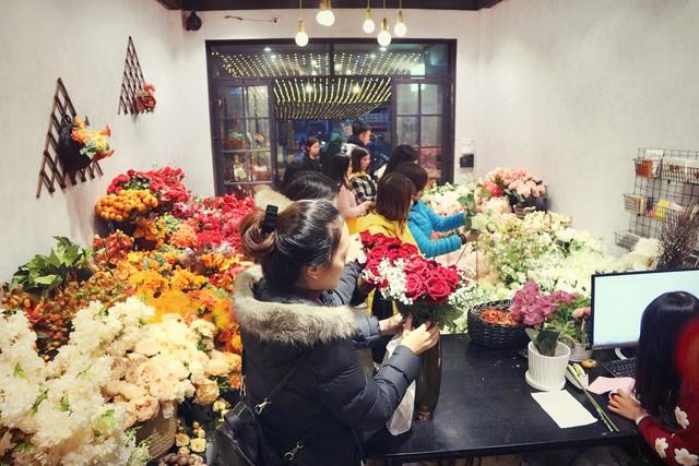 Chuyên gia hoa lụa hàng đầu mách bạn trang trí hoa đẹp – ý nghĩa và tiết kiệm đón Tết - Ảnh 4.