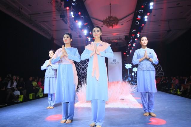 Thiện Phát Design tổ chức show thời trang giới thiệu BST Ban Mai mừng xuân 2019 - Ảnh 1.