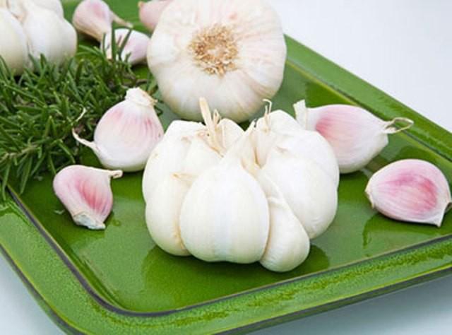 Những loại rau thơm vườn nhà giúp trị bệnh hiệu quả - Ảnh 2.