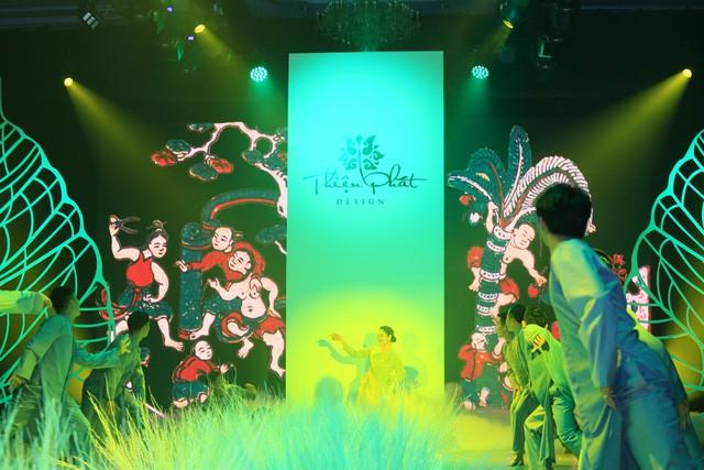 Thiện Phát Design tổ chức show thời trang giới thiệu BST Ban Mai mừng xuân 2019 - Ảnh 2.