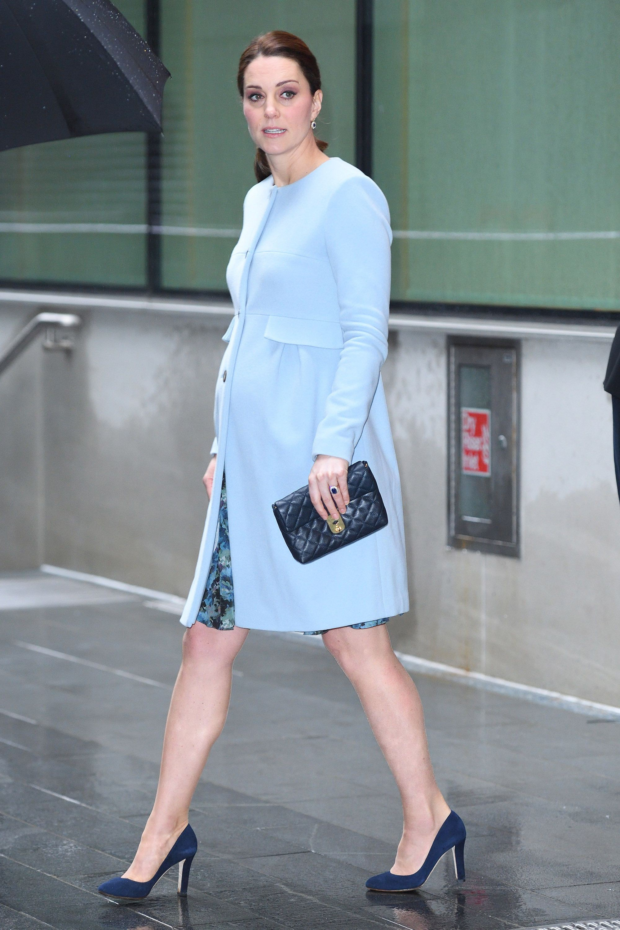 hbz-kate-middleton-maternity-style-012418-gettyimages-909740270-1522866692