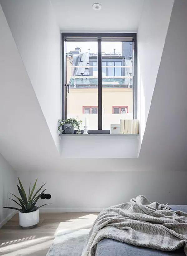 Căn hộ 33m² màu xám nhạt hẹp và dài được xử lý không gian thông minh ai nhìn cũng yêu - Ảnh 7.
