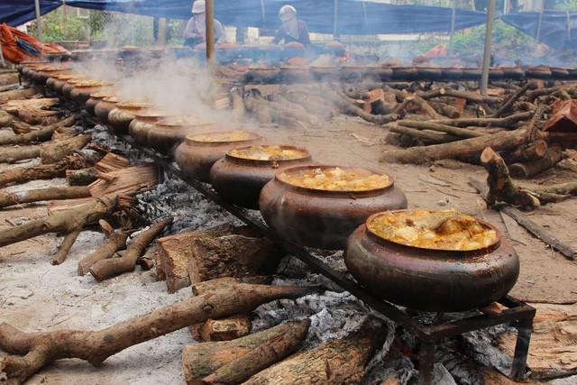 Cá kho tiến Vua - Kiệt tác ẩm thực ngày Tết - Ảnh 1.
