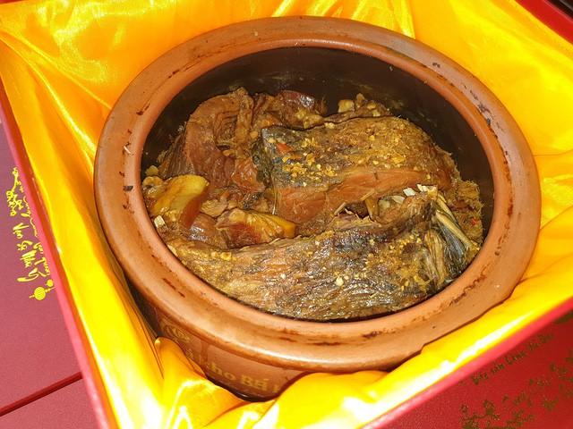 Cá kho tiến Vua - Kiệt tác ẩm thực ngày Tết - Ảnh 4.