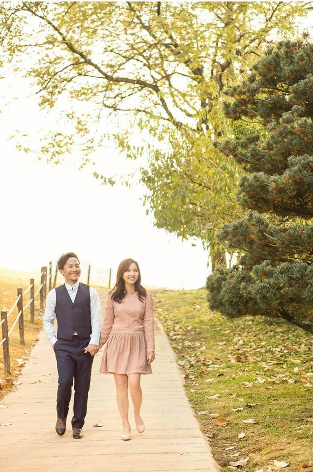 Trọn bộ ảnh cưới ngập tràn sắc vàng mùa thu Hàn Quốc của rapper Tiến Đạt và vợ mới cưới Thụy Vy - Ảnh 15.