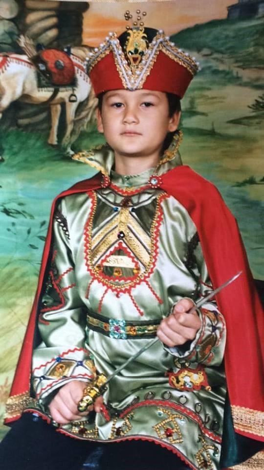 Hé lộ khoảnh khắc hóa thành hoàng tử cực độc của chàng thủ môn cản bóng rất cừ Đặng Văn Lâm - Ảnh 1.
