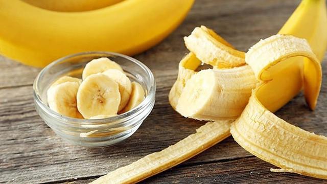 Các loại thực phẩm giàu carb nhưng không thân thiện với chế độ ăn Keto giúp giảm cân, giữ dáng - Ảnh 3.