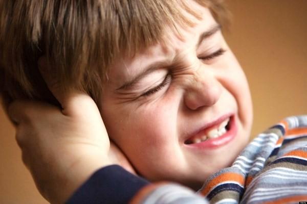 Tự ý bắt bệnh cho con: một trong những lý do khiến viêm amidan ở trẻ thêm nặng - Ảnh 2.