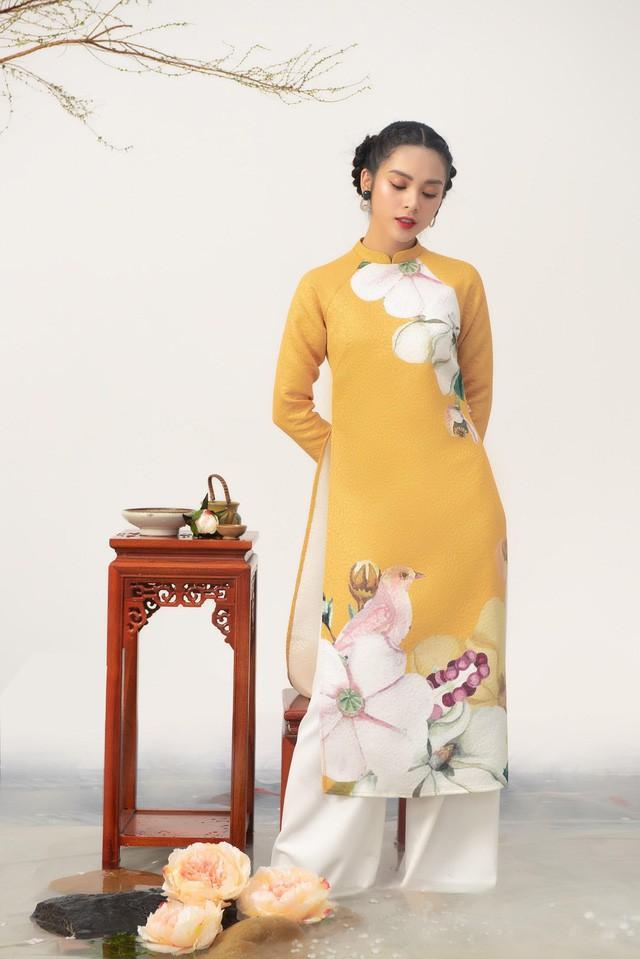 Uyển Đình - Khắc họa cánh én trên tà áo dài Xuân 2019 - Ảnh 3.
