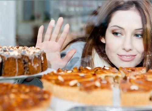 8 thói quen ăn uống chắc chắn khiến bạn béo lên chứ không còn gọn gàng như trước - Ảnh 3.