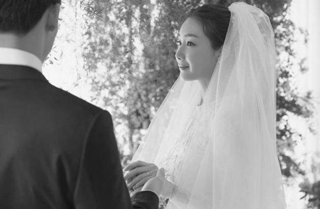 Cặp đôi kinh điển phim Hàn giờ an bề gia thất hết rồi, toàn lấy vợ đẹp chồng giàu nhưng đáng ghen tị nhất là đôi thứ 3 - Ảnh 4.