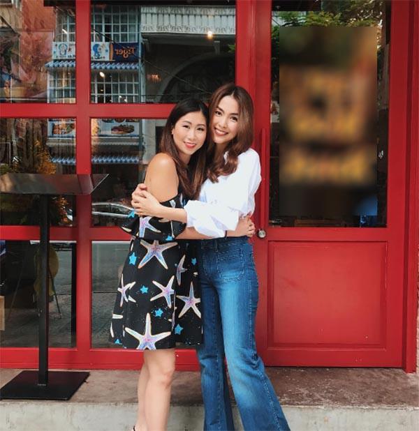 Stephanie Nguyễn - chị chồng kín tiếng của Hà Tăng: Vừa sinh con đầu lòng, nuôi con hoàn toàn bằng sữa mẹ - Ảnh 1.
