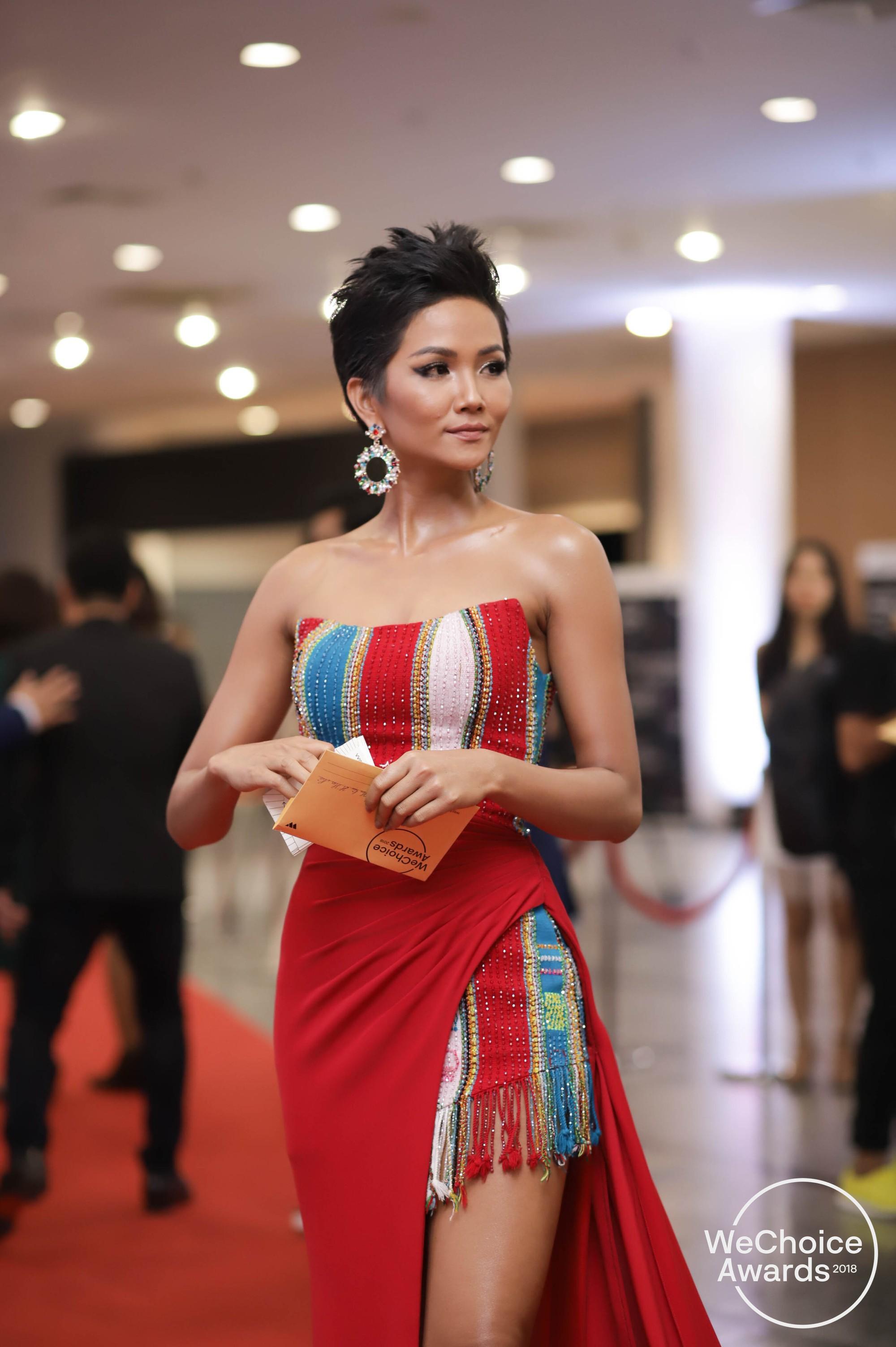 best-dressed-wechoice-11-1546764668855263939317