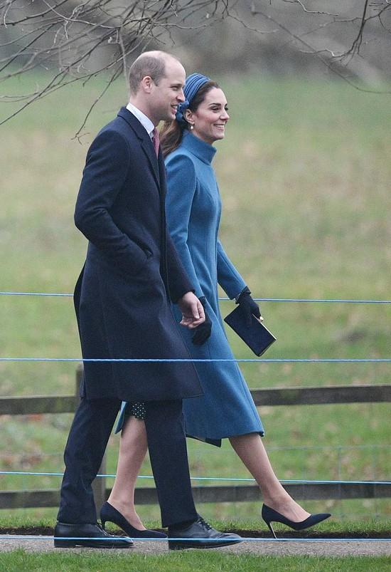 Công nương Kate tái xuất sau Giáng sinh, tiếp tục dính nghi án mang thai lần 4 vì dấu hiệu này - Ảnh 1.