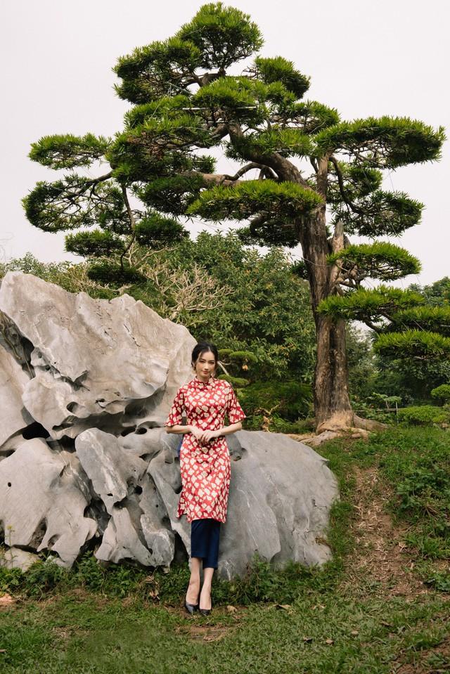Hoa Hậu Trúc Diễm yêu kiều trong Bộ sưu tập áo dài của NEVA - Ảnh 10.
