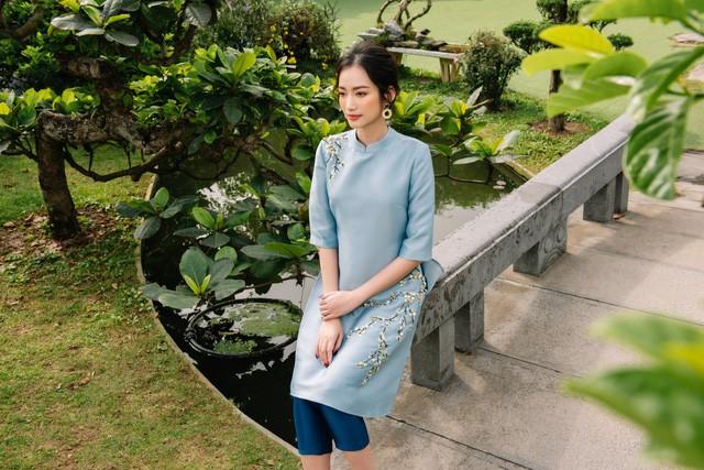 Hoa Hậu Trúc Diễm yêu kiều trong Bộ sưu tập áo dài của NEVA - Ảnh 3.