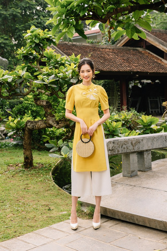 Hoa Hậu Trúc Diễm yêu kiều trong Bộ sưu tập áo dài của NEVA - Ảnh 7.