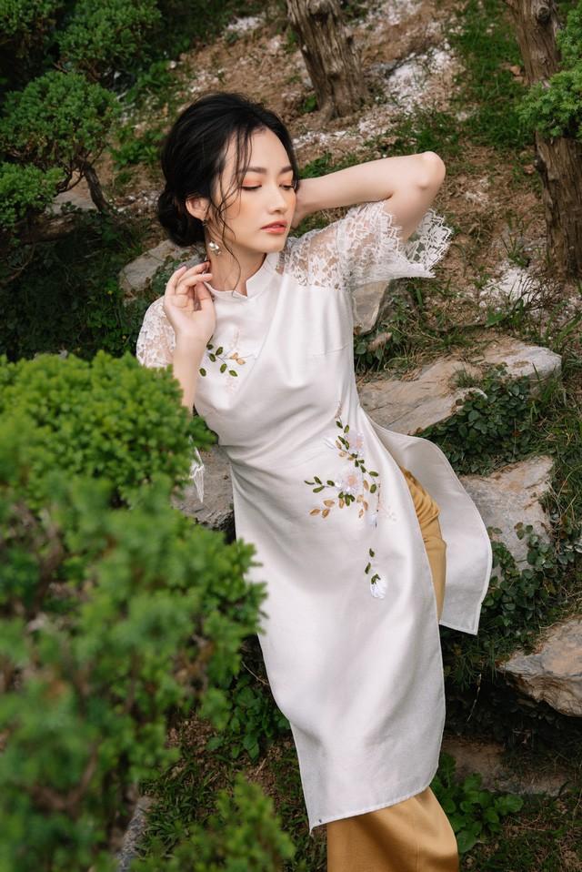 Hoa Hậu Trúc Diễm yêu kiều trong Bộ sưu tập áo dài của NEVA - Ảnh 8.