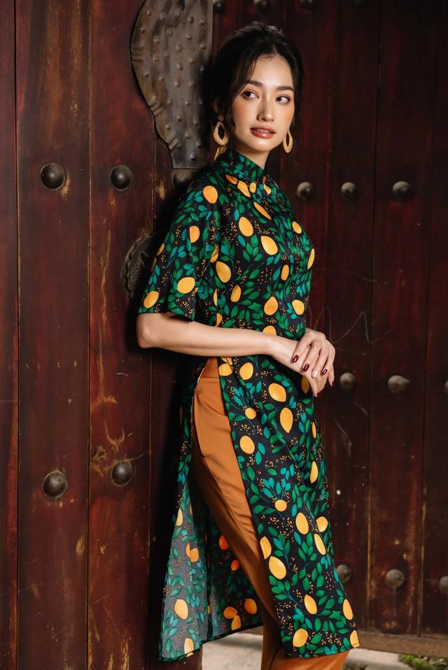 Hoa Hậu Trúc Diễm yêu kiều trong Bộ sưu tập áo dài của NEVA - Ảnh 9.