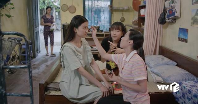 Những cô gái trong thành phố: Cười ngất trước cảnh trai nghèo Bình An đưa bạn gái đi xem phim giảm giá - Ảnh 6.