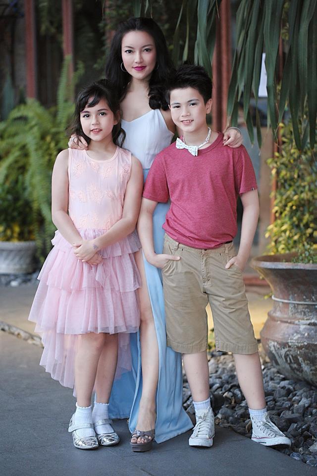 Hai thiên thần nhí Thái Lan từng khuynh đảo khắp châu Á gây sốt với vẻ ngoài hiện tại, khoe ảnh du lịch Việt Nam - Ảnh 4.