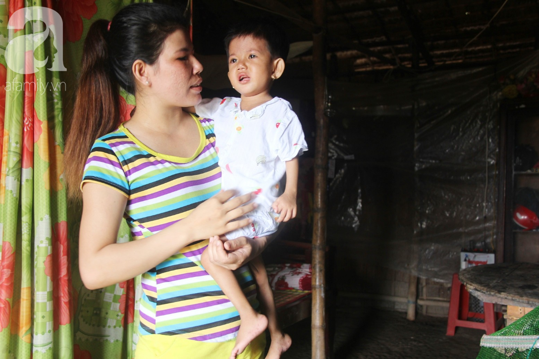 Lời khẩn cầu của người mẹ ôm con gái 2 tuổi bị hở van tim, chỉ nặng 6 ký mà không đủ tiền phẫu thuật - Ảnh 14.