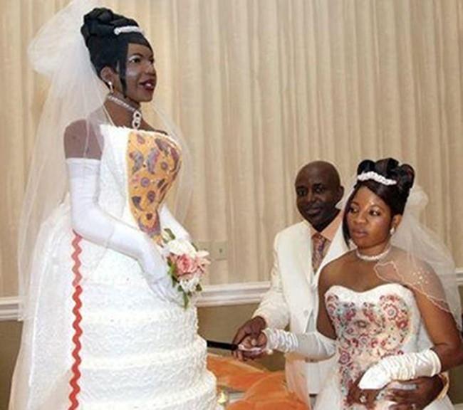 Ngày trọng đại vui nhất cuộc đời nhưng nhiều cô dâu, chú rể đen đủi cười ra nước mắt vì vật không thể thiếu này - Ảnh 4.