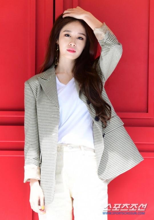 Jiyeon thông báo comeback sau 5 năm nhưng vẫn khiến fan nhói lòng khi nói đến việc tái hợp của T-ARA - Ảnh 3.