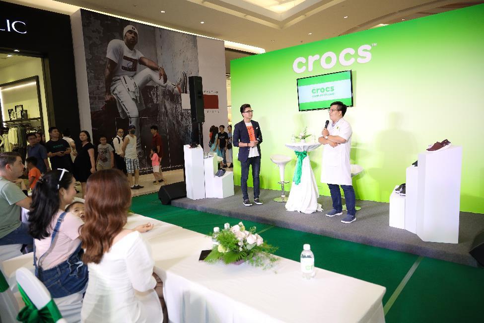 Nhung Gumiho và Ốc Thanh Vân tham gia sự kiện Crocs ra mắt 3 dòng sản phẩm mới, lý giải vì sao ai cũng nên sở hữu ít nhất 1 đôi đến từ thương hiệu này - Ảnh 4.