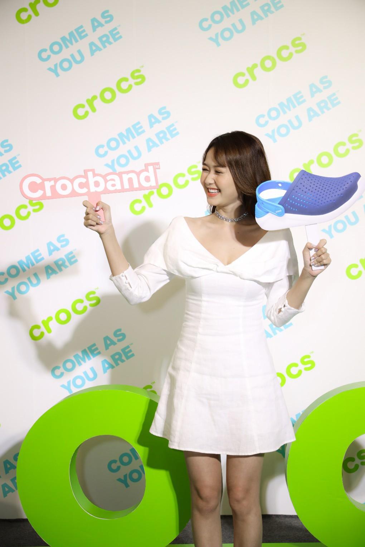 Nhung Gumiho và Ốc Thanh Vân tham gia sự kiện Crocs ra mắt 3 dòng sản phẩm mới, lý giải vì sao ai cũng nên sở hữu ít nhất 1 đôi đến từ thương hiệu này - Ảnh 5.