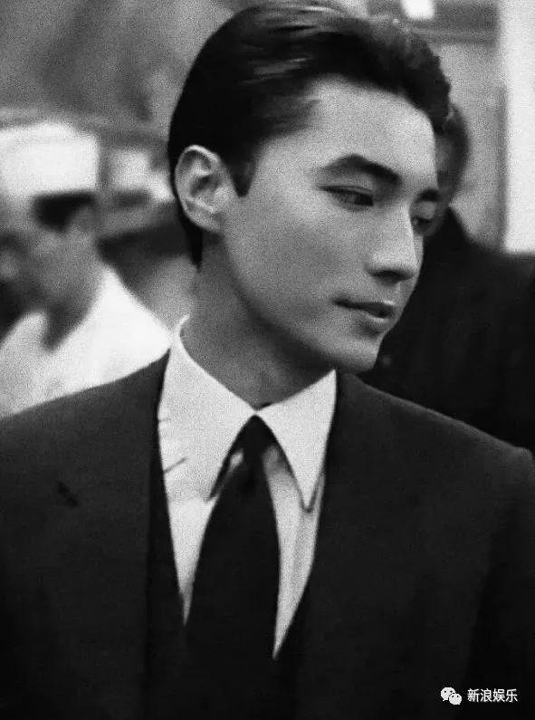 """Quên Trương Quốc Vinh, Chung Hán Lương đi, đây mới là tài tử được xem là """"mỹ nam đẹp nhất Châu Á""""  - Ảnh 2."""