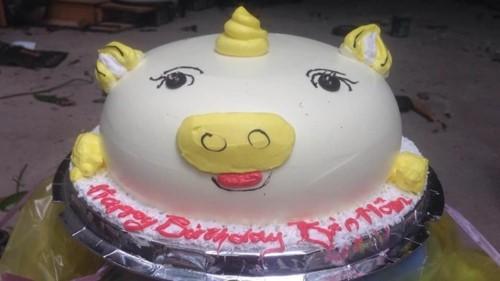Lấy ảnh trên mạng để đặt bánh sinh nhật y hình và cái kết dở khóc dở cười - Ảnh 3.