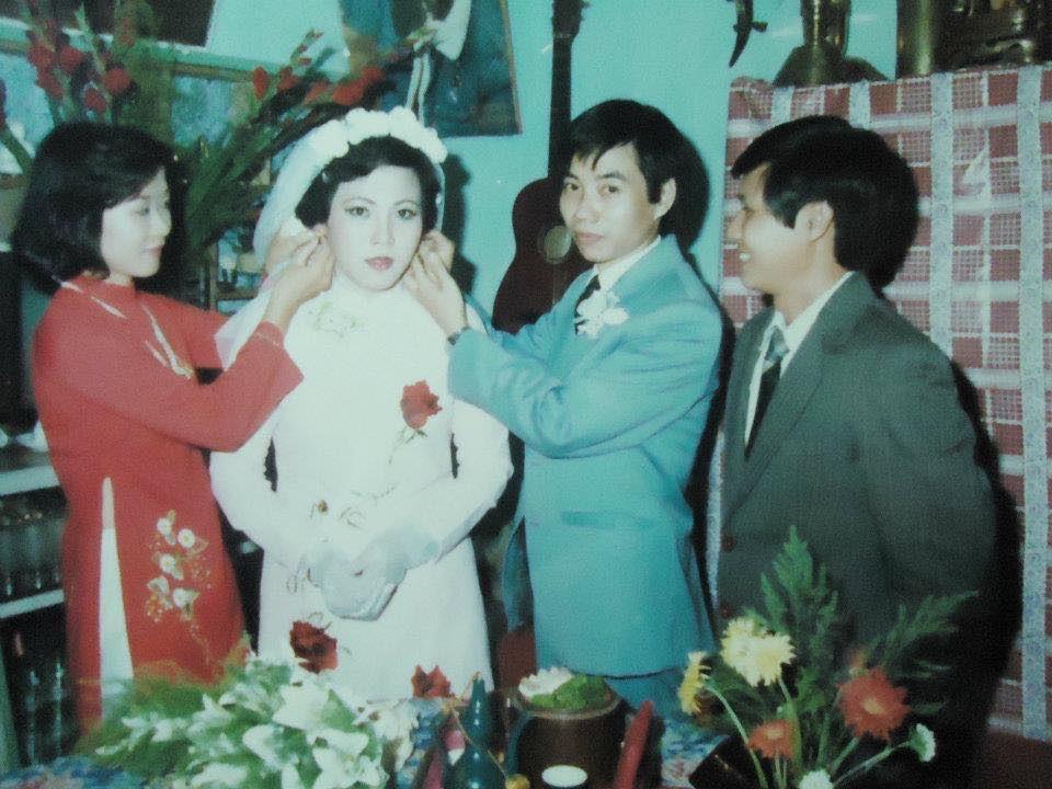 'Hot girl Sài Gòn' và đám cưới hoành tráng 30 năm trước: Màn 'cướp người yêu' ngoạn mục nhờ cái quỳ gối cùng lời dọa dẫm của chàng trai quá si tình 4