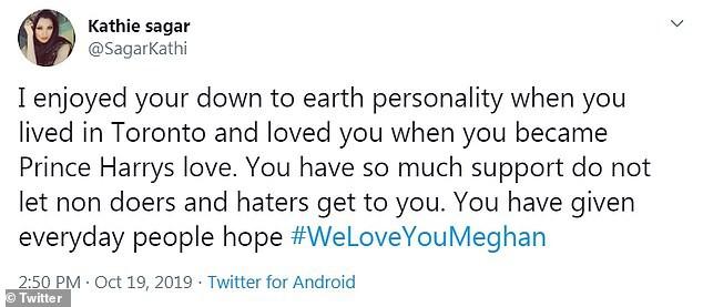Meghan Markle bất ngờ được gần 100.000 người lên tiếng ủng hộ sau hình ảnh rơm rớm nước mắt trên truyền hình nhưng anti-fan cũng nhiều lên vô kể - Ảnh 4.