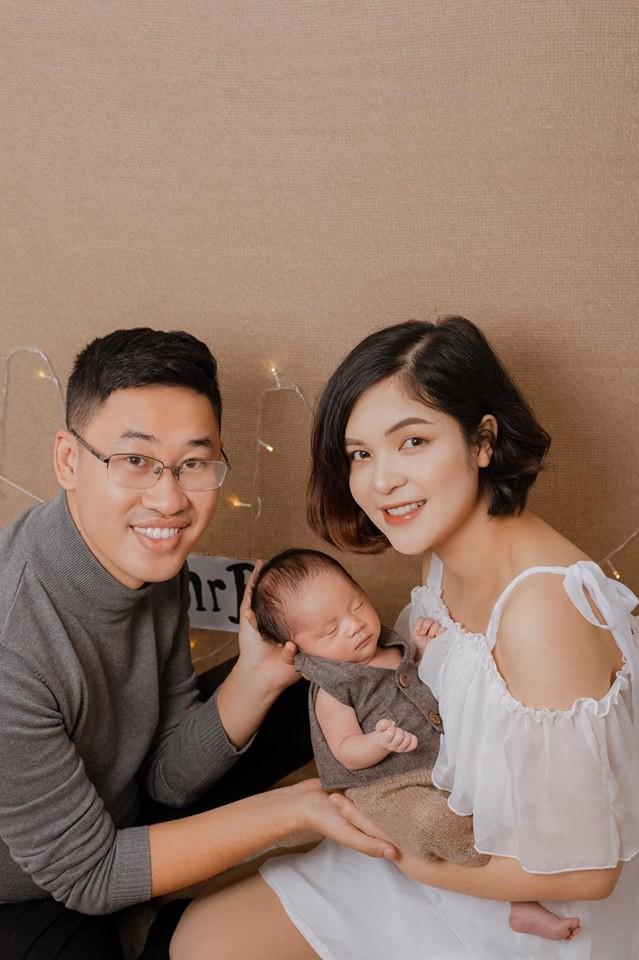 """Chị gái Hòa Minzy- MC """"Kính Hồng"""" nôn thốc tháo sau sinh và bộ bí quyết kiêng cữ rút ra cho các bà mẹ dù sau sinh khỏe re  - Ảnh 4."""
