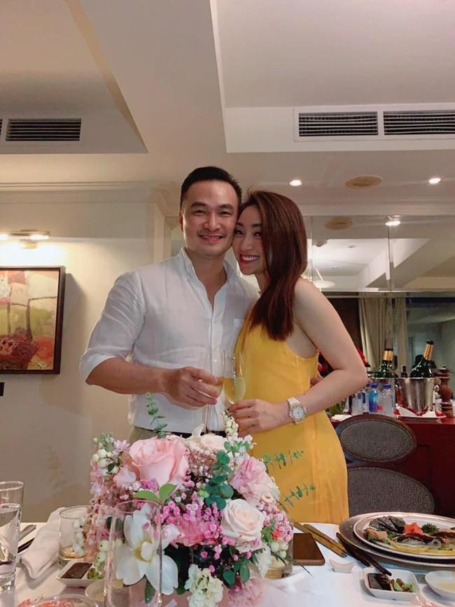 Đời tư kín tiếng của diễn viên Chi Bảo và hai cuộc hôn nhân trước khi công khai bạn gái gợi cảm - Ảnh 8.