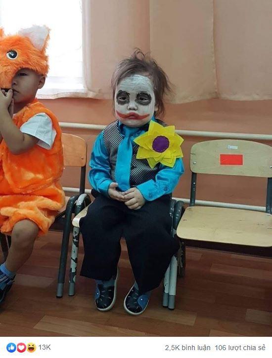 Em bé sáng nhất MXH hôm nay: Khi bạn muốn ở nhà mà phải hóa trang thành Joker đến lớp - Ảnh 3.