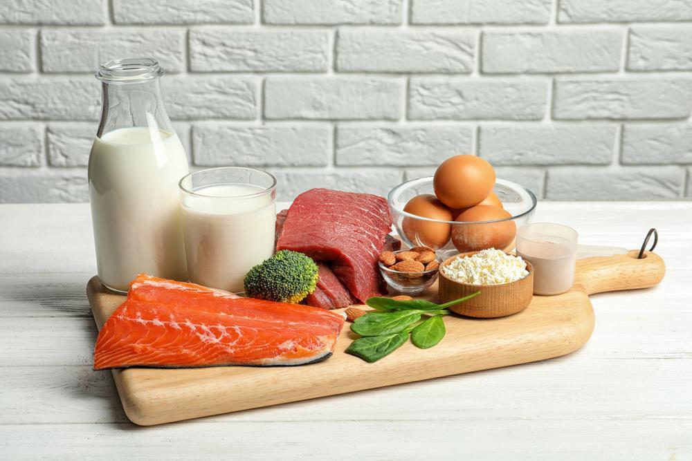 Vì sao trẻ cần bổ sung cân bằng protein từ động vật và thực vật? - Ảnh 1.
