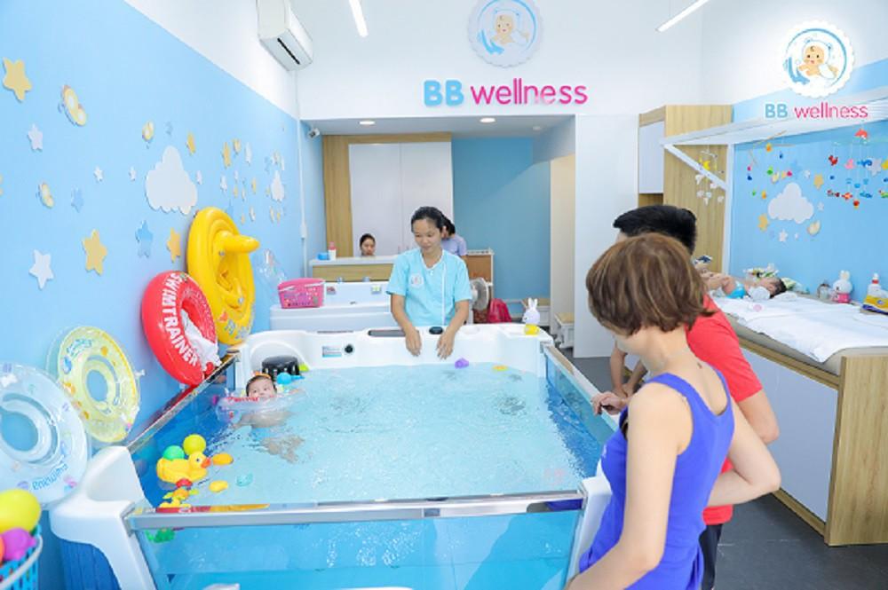 Nên cho trẻ dưới 2 tuổi tập bơi sao cho an toàn? - Ảnh 4.