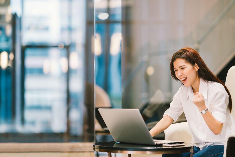 Công nghệ hỗ trợ phụ nữ cho cuộc sống hạnh phúc hơn - Ảnh 2.
