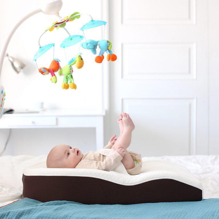 Trẻ ngủ sai tư thế: Mẹ sai lầm, con gánh hậu quả - Ảnh 6.