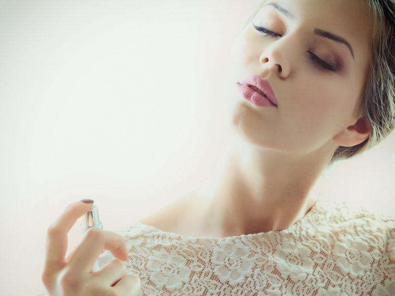 Trọn bộ bí kíp chọn mùi hương mà nàng nào cũng nên bỏ túi - Ảnh 1.
