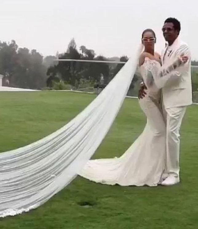 Váy cưới - Ảnh 3.