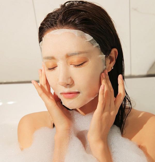 Mỹ nữ xứ Hàn bị bỏng rát mặt chỉ vì một lần đắp mặt nạ qua đêm: Lời cảnh báo thói quen làm đẹp chị em cần chấn chỉnh! - Ảnh 3.