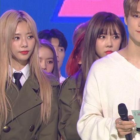 """The Show lại """"chơi bẩn"""", một nhóm nữ Kpop tức đến bật khóc ngay trên sân khấu vì bị nhà đài thay đổi kết quả - Ảnh 5."""
