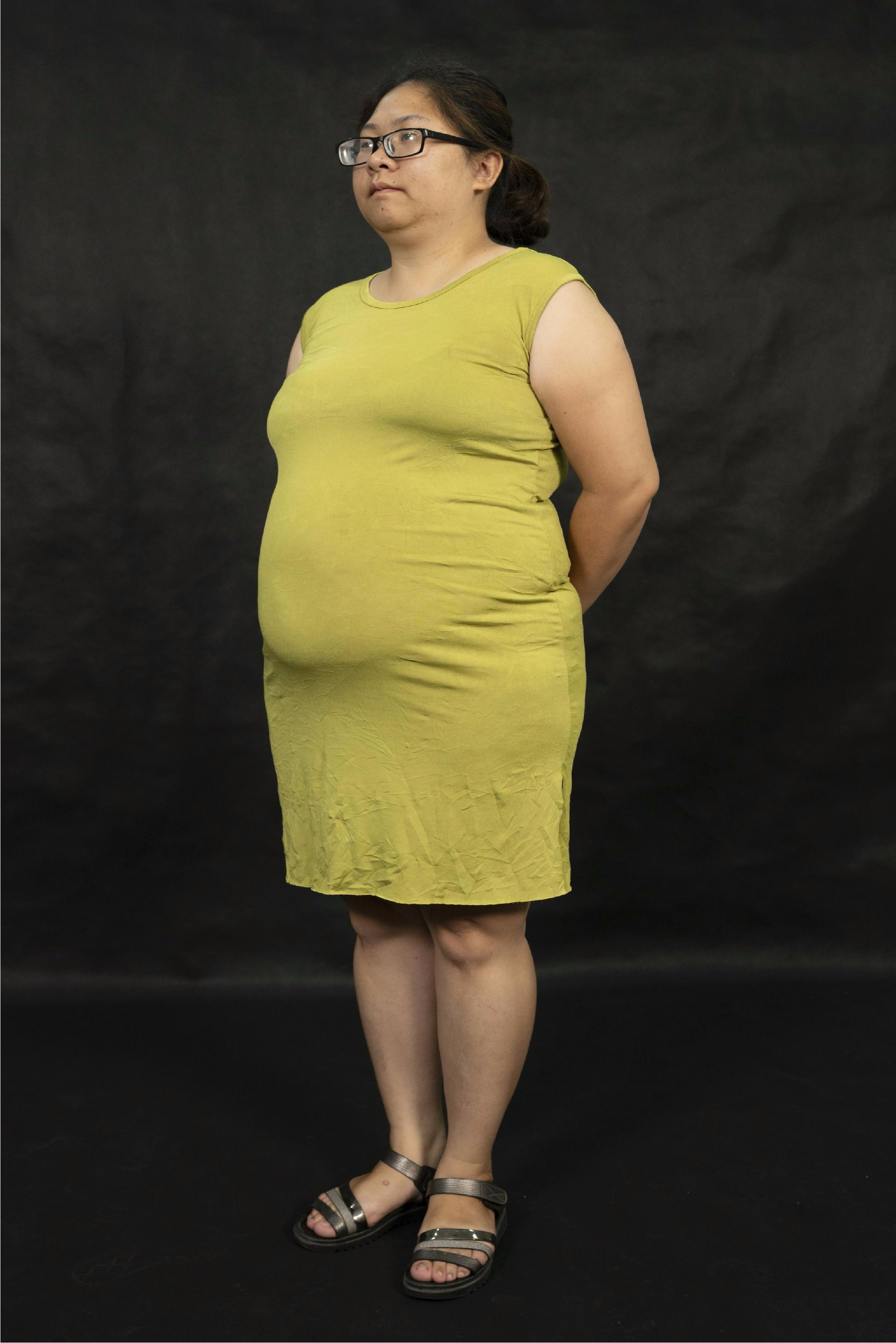 """Sau 2 tháng giảm 20 kg, mẹ đơn thân lột xác từ """"vịt cực xấu"""" hóa """"thiên nga xinh đẹp"""" - Ảnh 2."""
